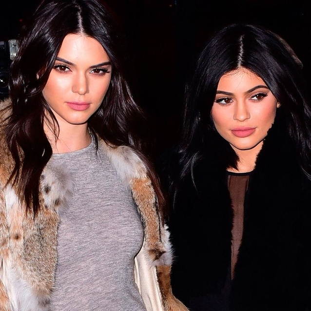 Kendall And Kylie Jenner Apologise For Controversial Band T-Shirts