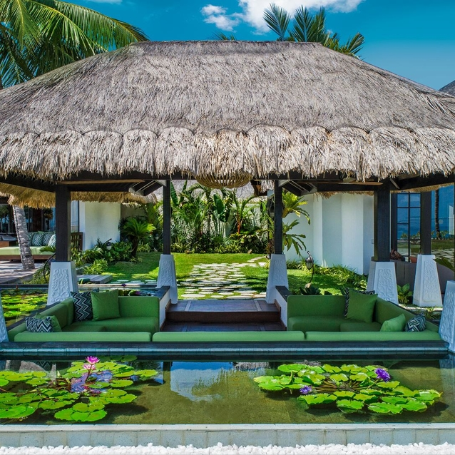 Live Like Island Royalty At The Jumeirah Vittaveli Maldives
