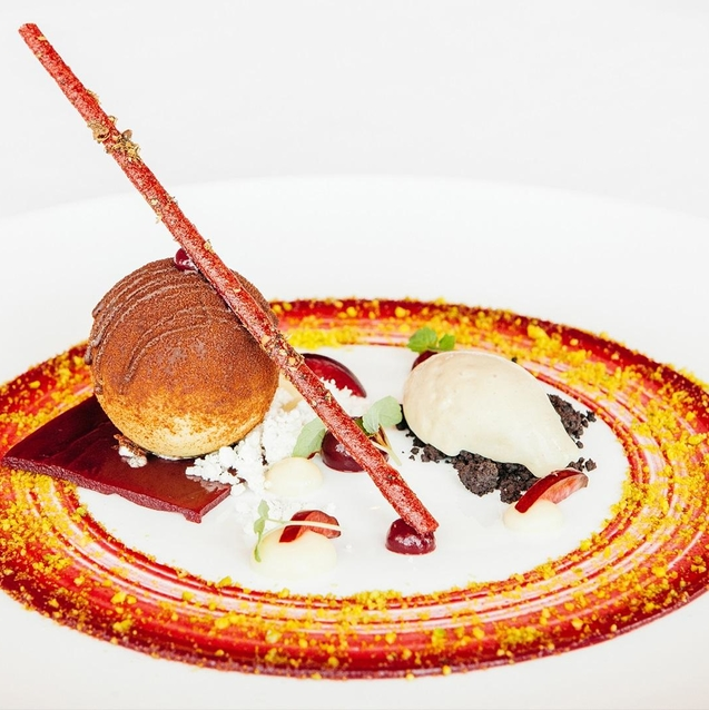 At At.mosphere, Fine Dining Reaches New Heights