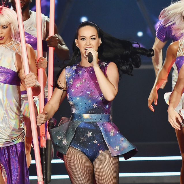 Katy Perry Is Returning To The UAE On New Year's Eve