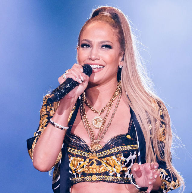 PICTURES: Jennifer Lopez Puts On Stunning Performance At Dubai Airshow Gala