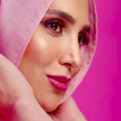 L'Oreal Paris Casts Hijab-Wearing Blogger In Major Hair Campaign