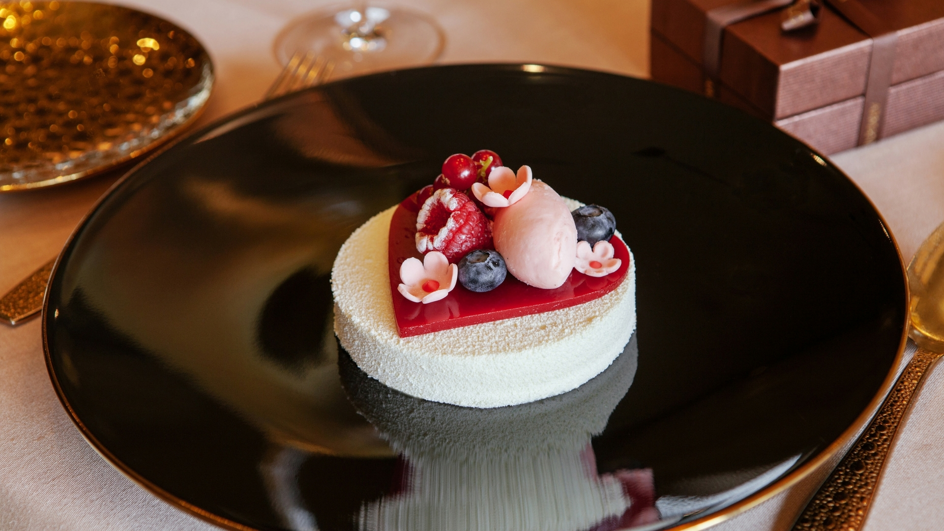 10 Dubai Restaurants Perfect For Valentine's Day