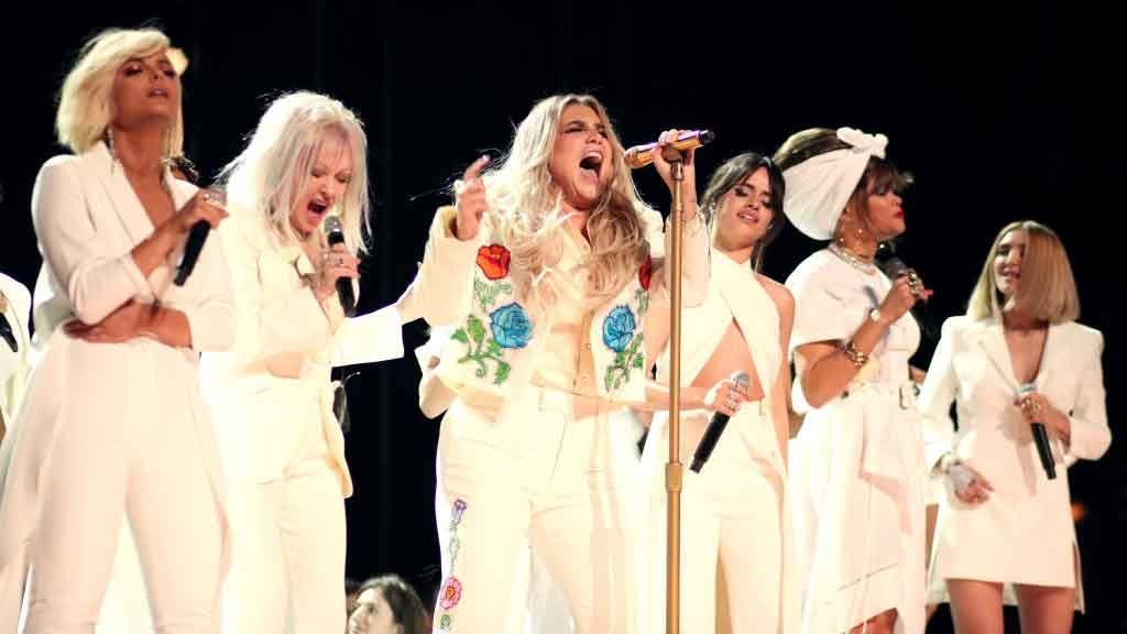 Kesha Put On A Seriously Emotional Performance At The Grammys