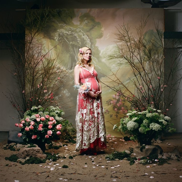 Kirsten Dunst Confirms Her Pregnancy in Rodarte's Autumn/Winter 2018 Lookbook