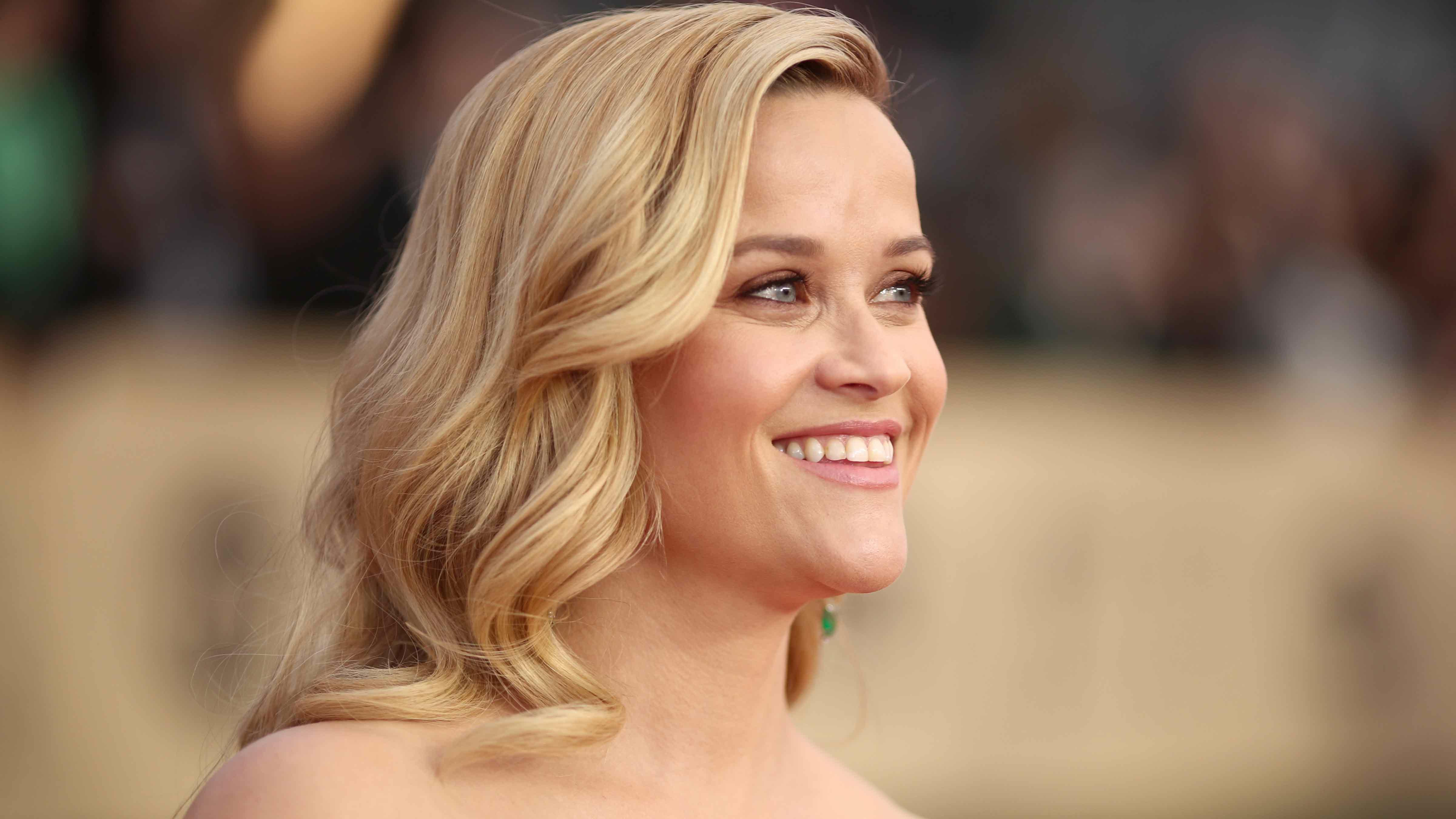 Reese Witherspoon Teams Up With Kerry Washington For New Television Series