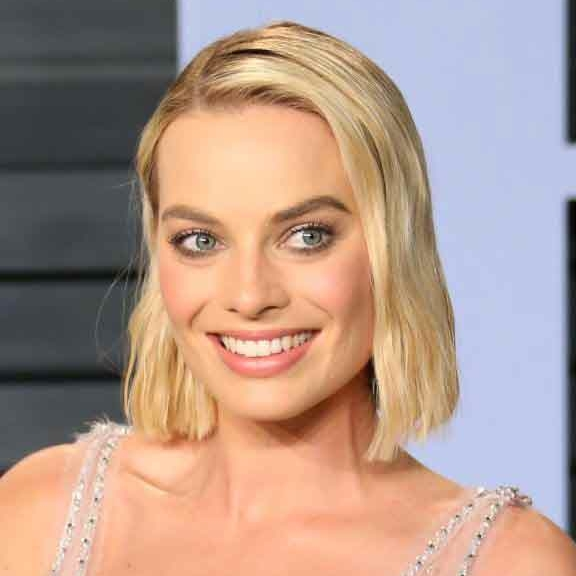 How To Recreate Margot Robbie And Saoirse Ronan's Blunt Oscars Bobs