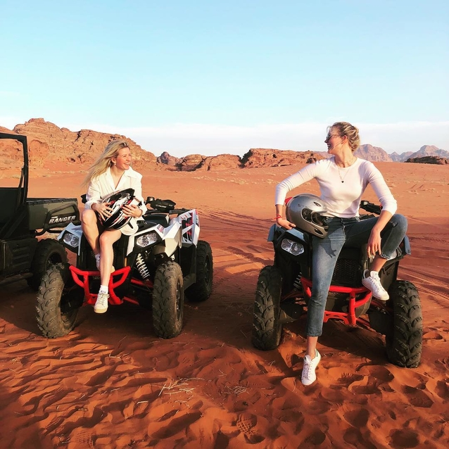 Karlie Kloss And Ellie Goulding Just Went On Holiday Together To Jordan