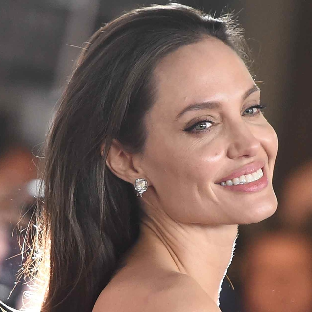Angelina Jolie Reminds Us All That She's The Queen Of A Thigh High Split Dress