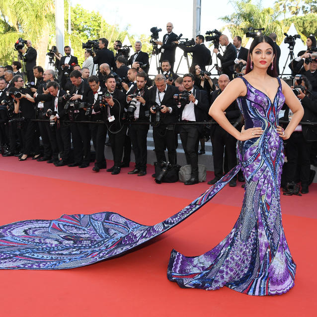 Aishwarya Rai's Michael Cinco Butterfly Dress at Cannes Took 3,000 Hours To Make