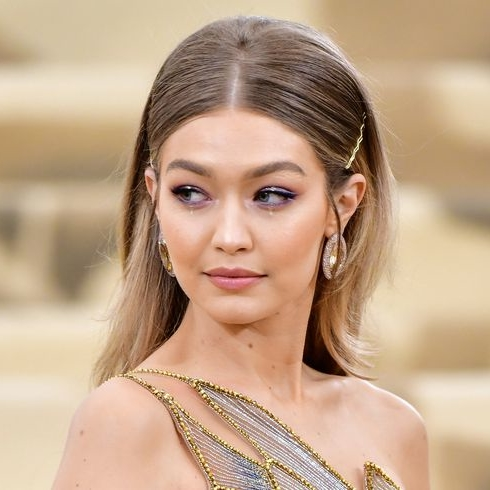 """Gigi Hadid Is """"Never Going Back"""" To Mykonos After Being Robbed"""