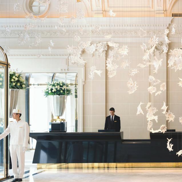 Review: Grande Dame - The Peninsula Paris