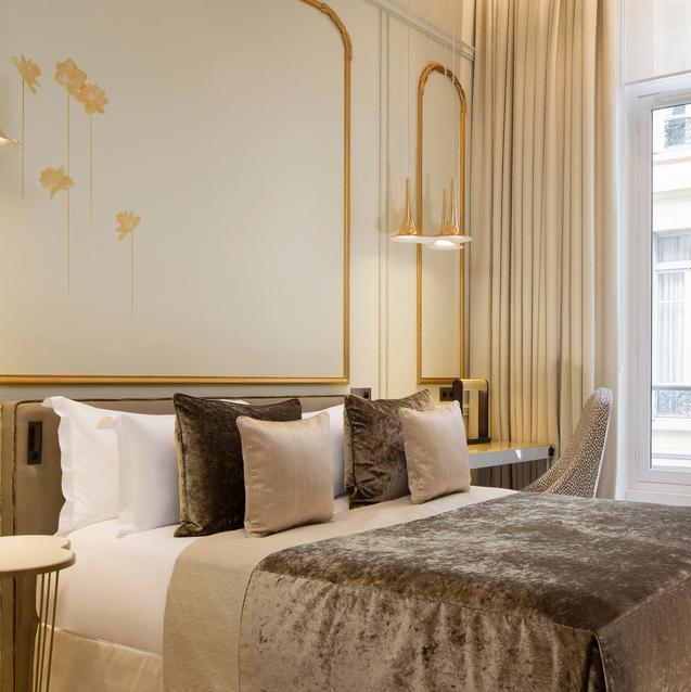 Parisian Stay: Le Narcisse Blanc Hotel