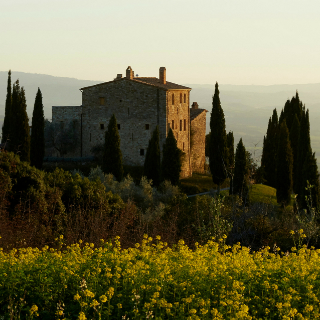 Live The Tuscan Dream At Castello Di Vicarello