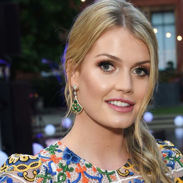 Lady Kitty Spencer Couldn't Stop Crying At Dolce & Gabbana's Alta Moda Show