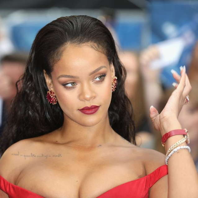 'Soap Brows' And Other Tricks We Learnt From Rihanna's Make-Up Artist
