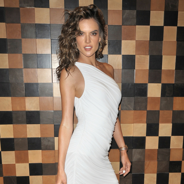Alessandra Ambrosio Wears The Perfect Summer Outfit From A Lebanese Designer