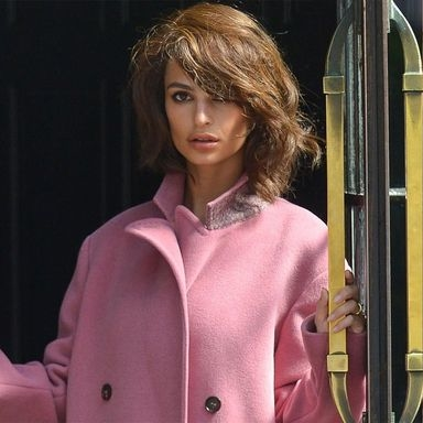 Emily Ratajkowski Is The Spitting Image Of Jackie O In New Photo Shoot