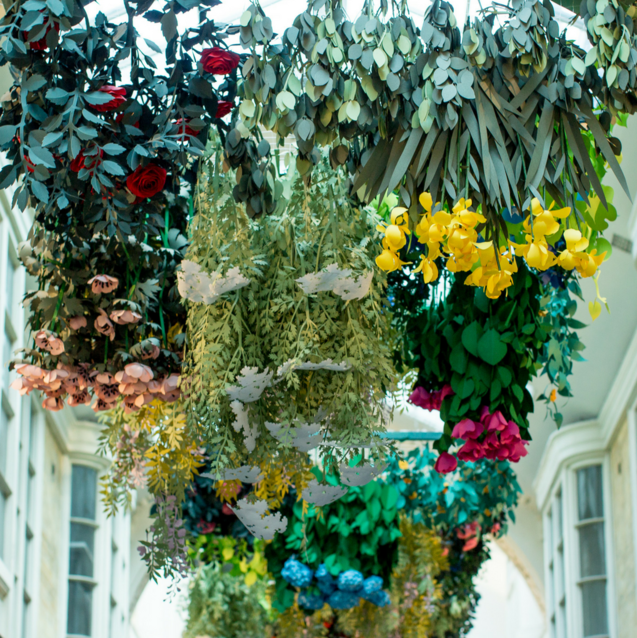 This London Style Fixture Has Unveiled The Floral Art Installation Of Our Dreams