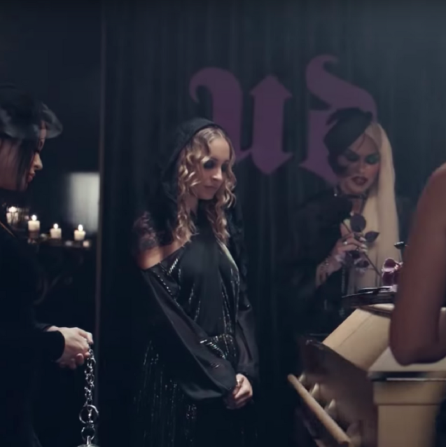 Watch: Nicole Richie Kill Off This Iconic Beauty Classic