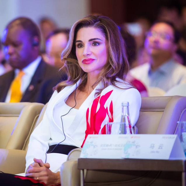 Queen Rania Wears A Middle Eastern Designer For Visit To China