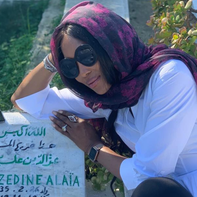 Naomi Campbell Pays Homage To Azzedine Alaïa During Her Tunisia Trip