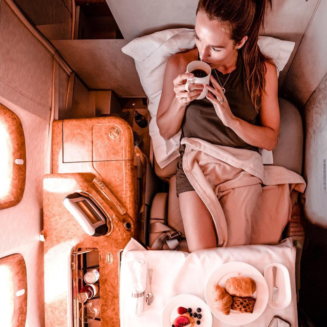 20 Pictures Of Emirates First And Business Class That Will Make You Never Want To Fly Economy Again