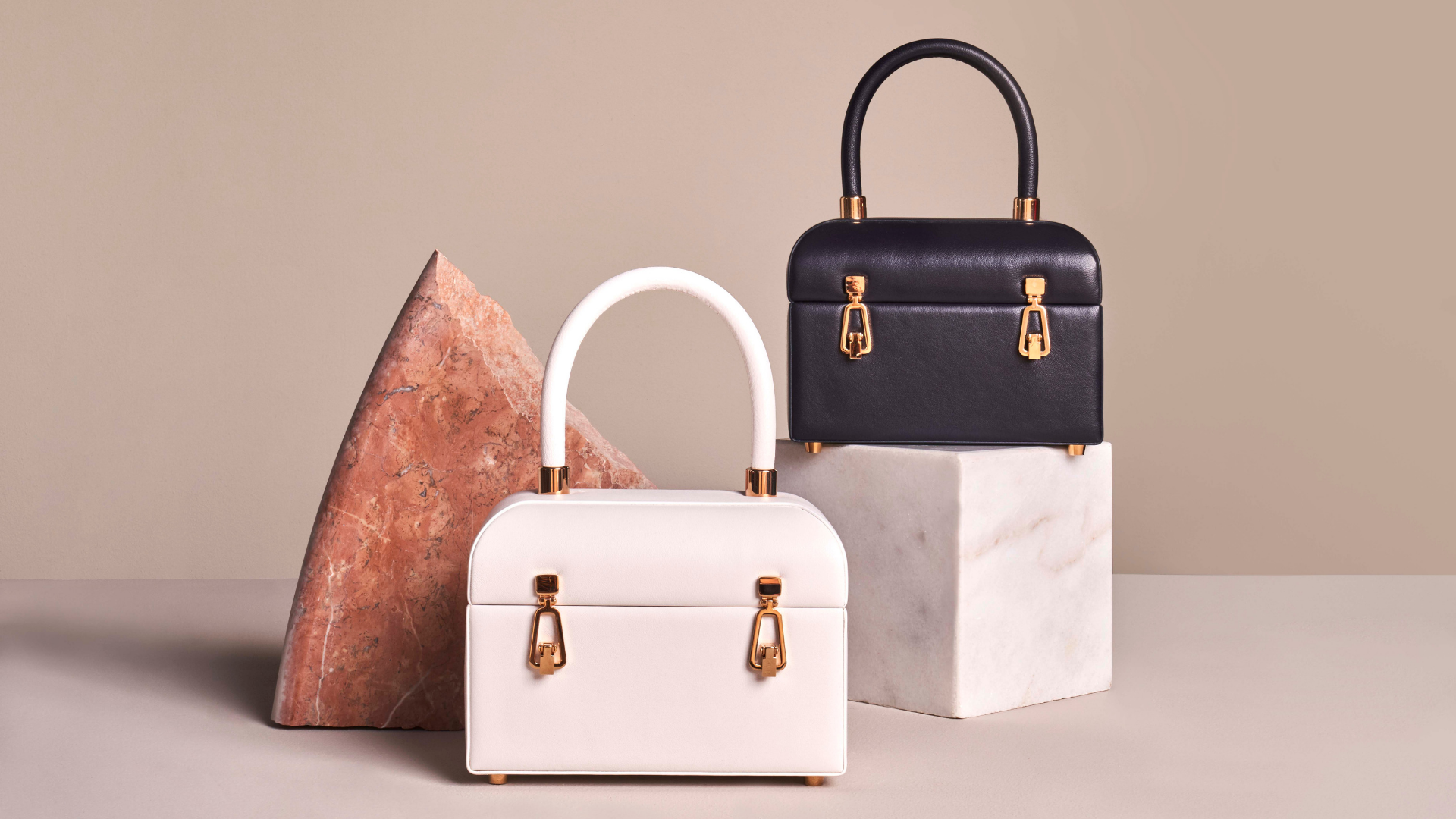 Level Shoes Just Exclusively Launched Gabriela Hearst's Handbag Collection