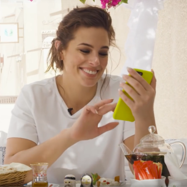 Watch: Ashley Graham Answers The Most Hilarious Questions In Her Instagram DMs