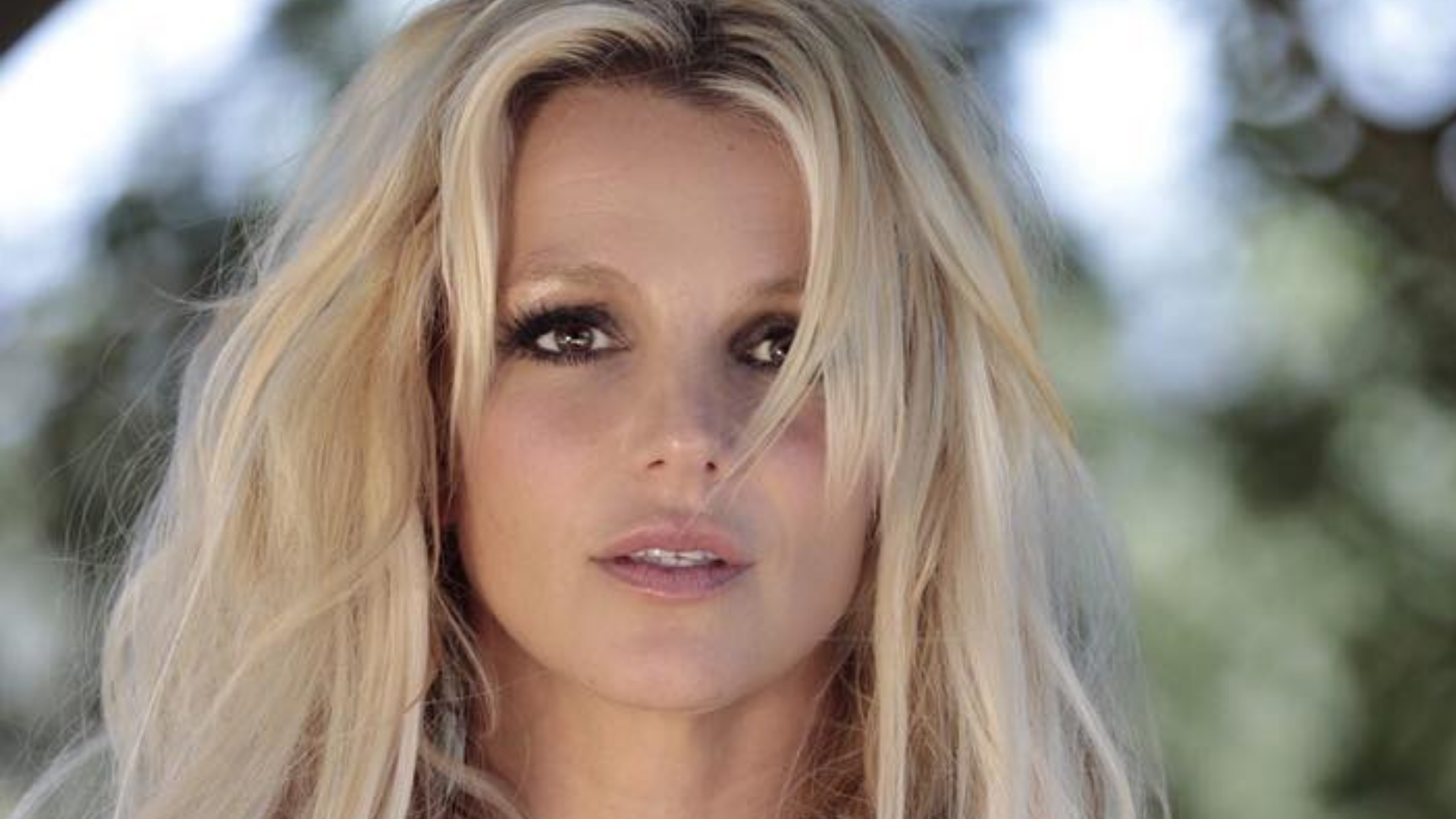 Why Is Everyone Hashtagging 'Free Britney'?