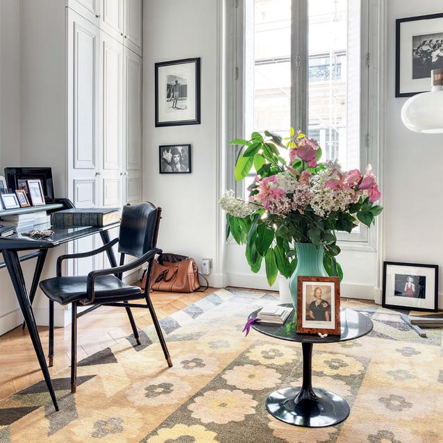 Inside Italian Shoe Designer Fabrizio Viti's Parisian Home On Rue De Babylone