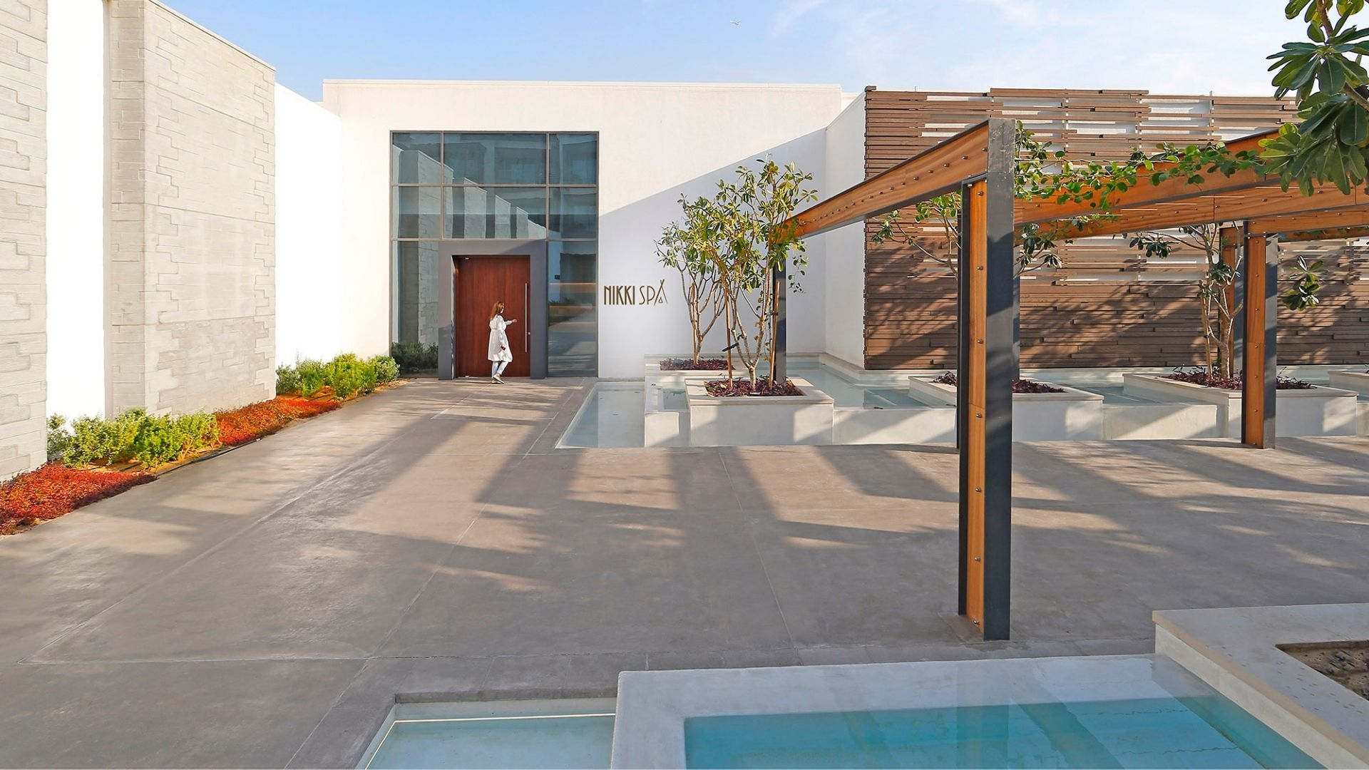 Tried & Tested: Hydrating Clarins Facial, NikkiSpa