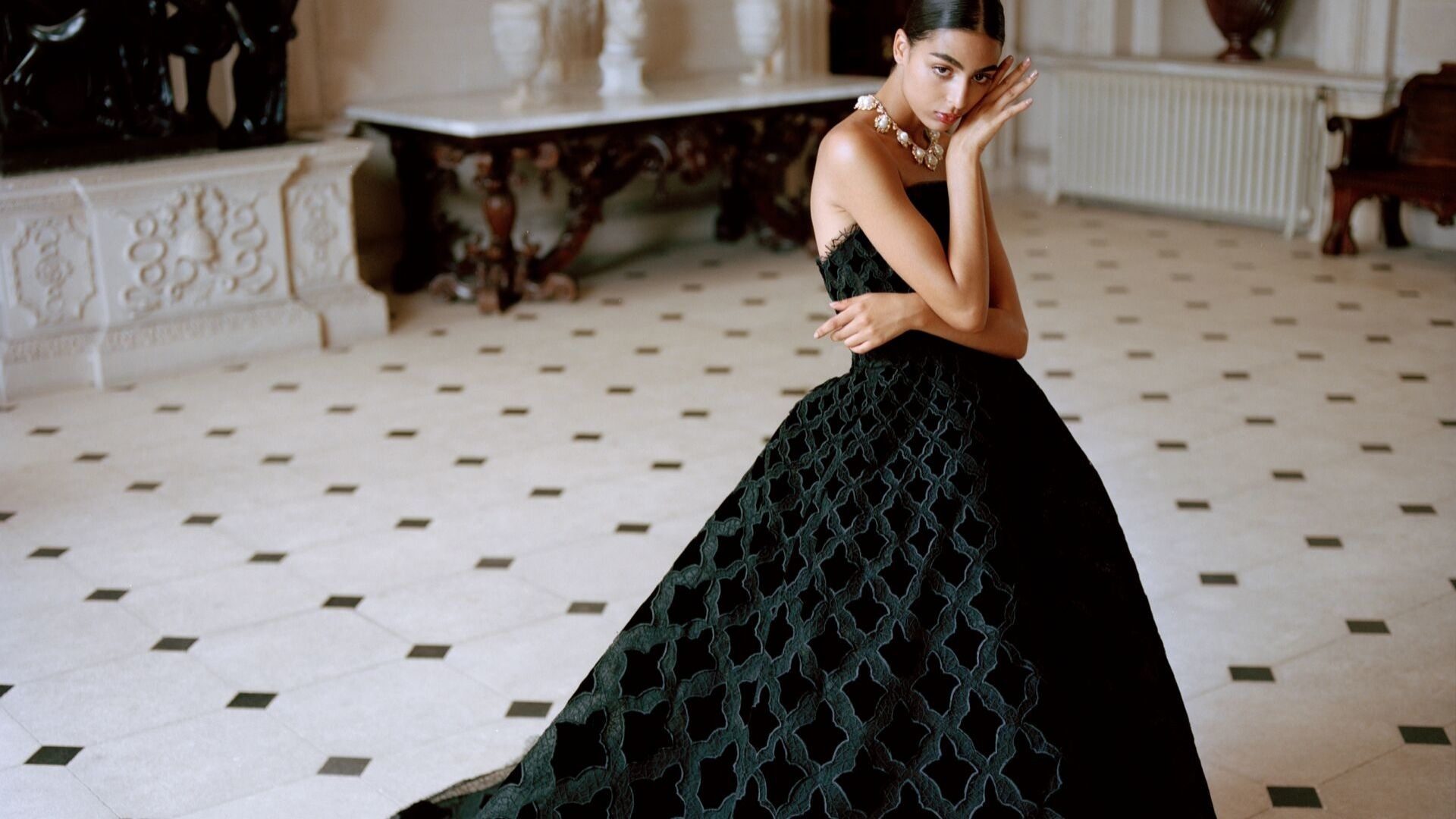 Exclusive: Net-a-Porter's Inaugural Eveningwear Campaign Is Delightfully Middle East-First