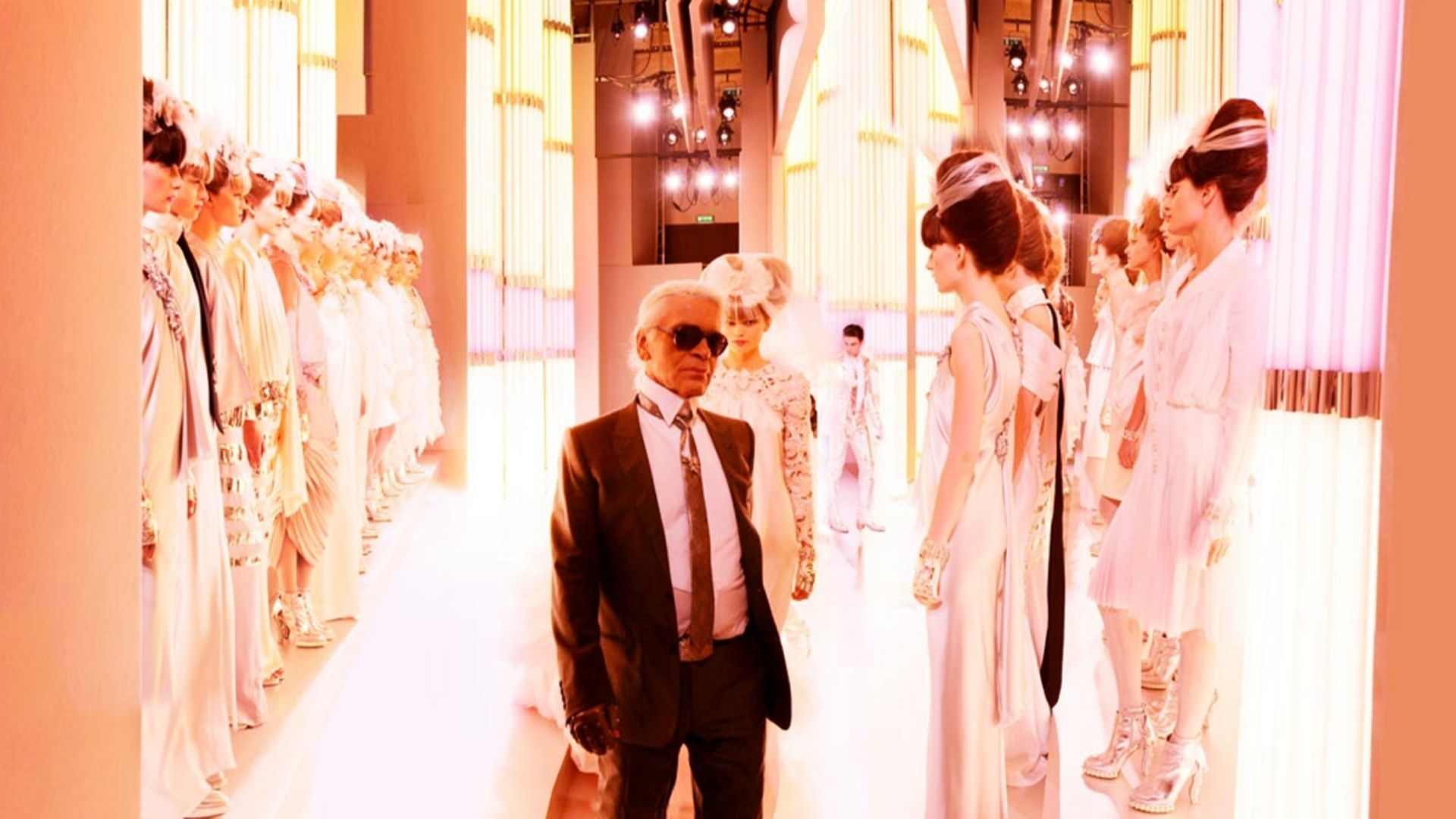 A Karl Lagerfeld Tribute Exhibit Has Just Launched In Paris