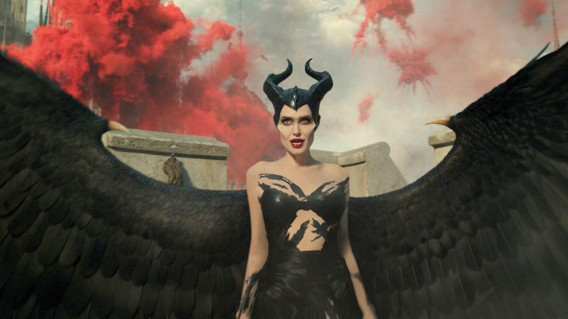 4 Things You Need To Know About The Costumes In The New Maleficent Movie