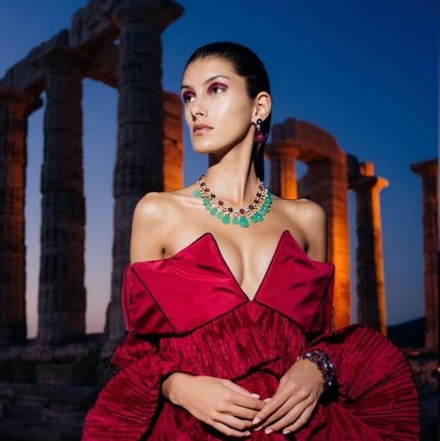 Bvlgari Showcases One-Of-A-Kind High Jewelry Pieces At Mary Katrantzou's S/S20 Show