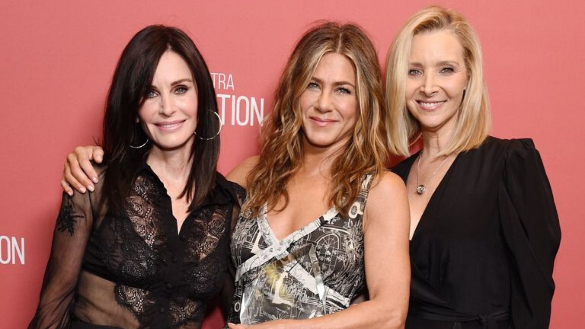There Was A Mini 'Friends' Reunion On The Red Carpet And Our Hearts Can't Deal