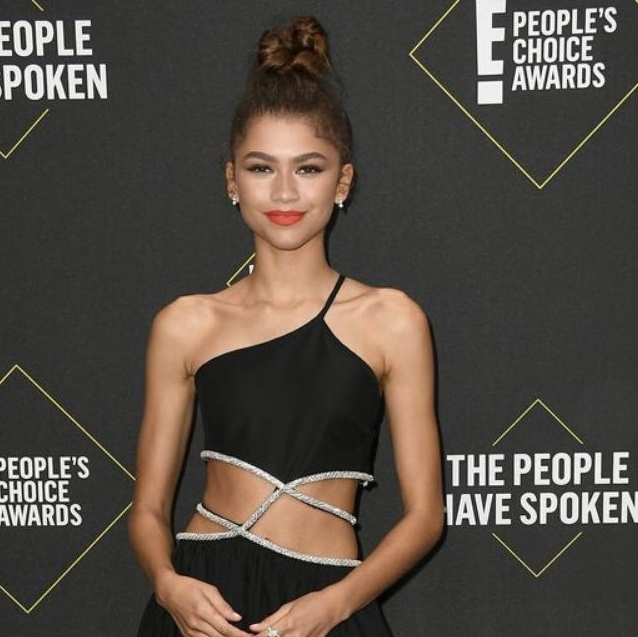 Zendaya Leads The Best-Dressed Stars At The People's Choice Awards