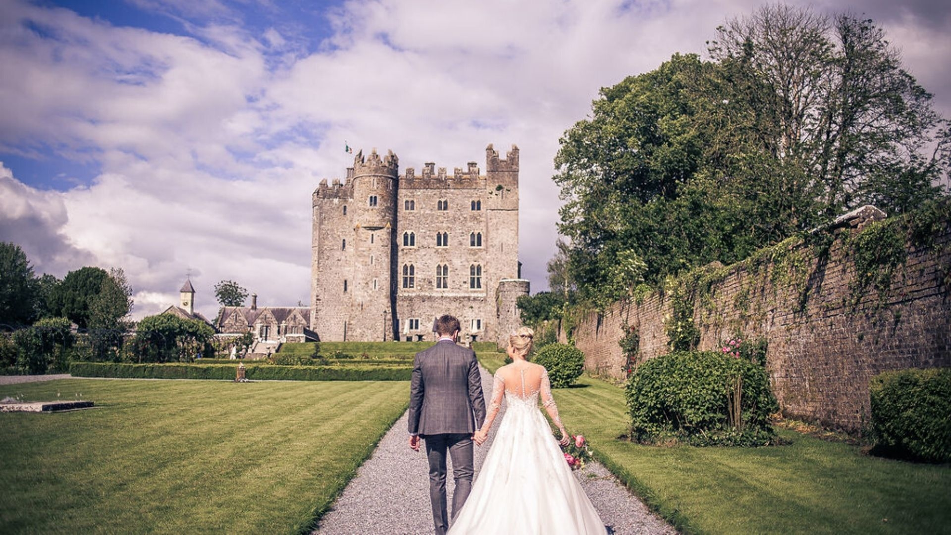 This Is What A Wedding Inside An Irish Castle Looks Like