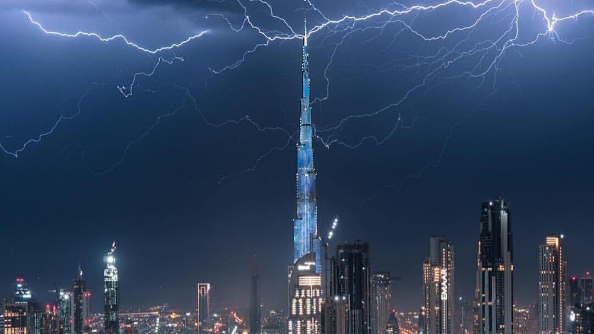 Watch | A Massive Storm Is Taking Over The UAE Right Now