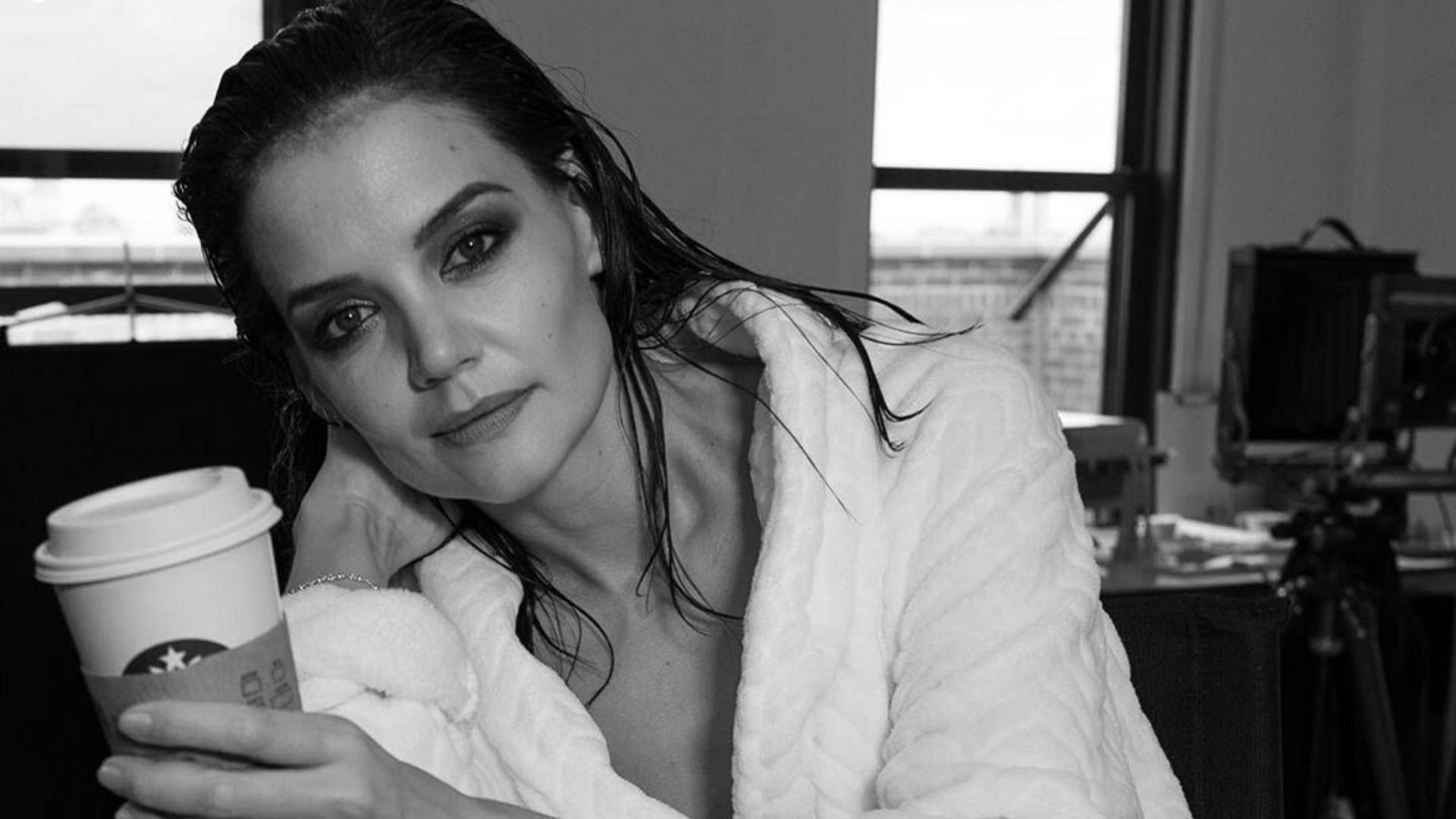 Fans Praise Katie Holmes' Unedited Stretch Marks After She Poses In Bra And Blazer
