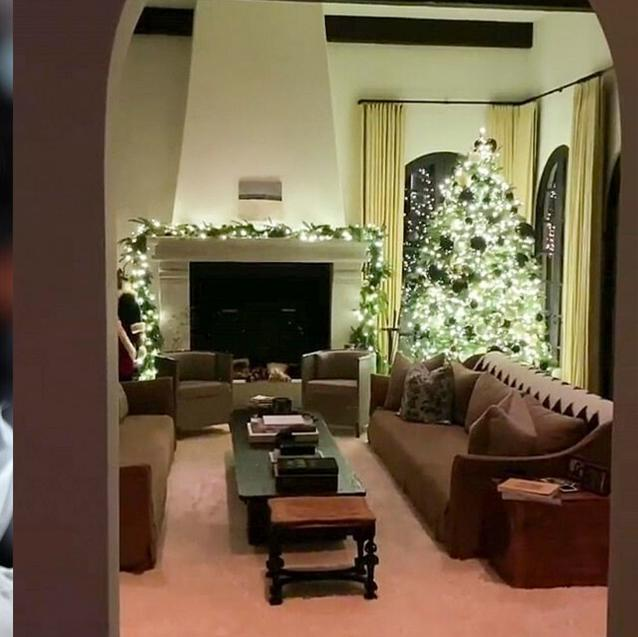 Watch | Kendall Jenner Gives A Tour Of The Christmas Decor At Her Dhs32m Mansion