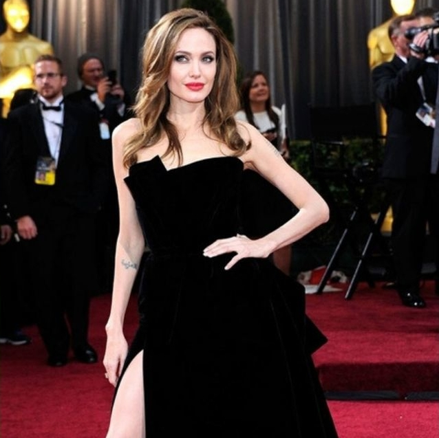6 Pieces That Will Up Your Red Carpet Femme Fatale Game