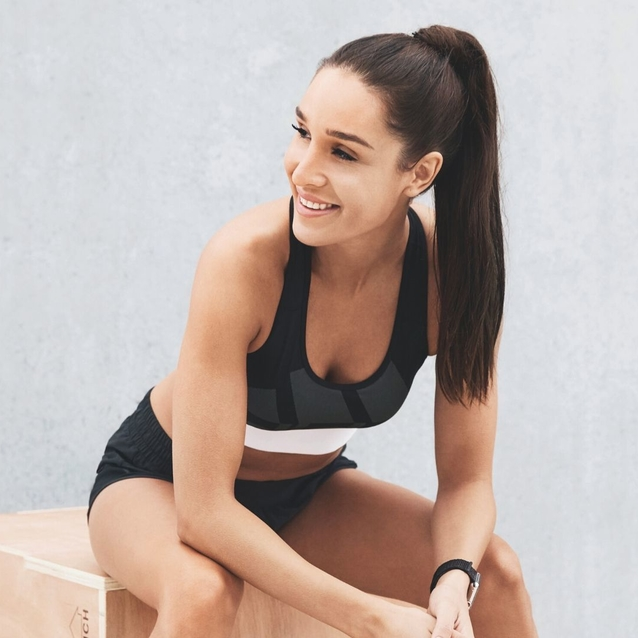 Kayla Itsines On Her Go-To Beauty Products, Favourite Snacks and Daily Routine