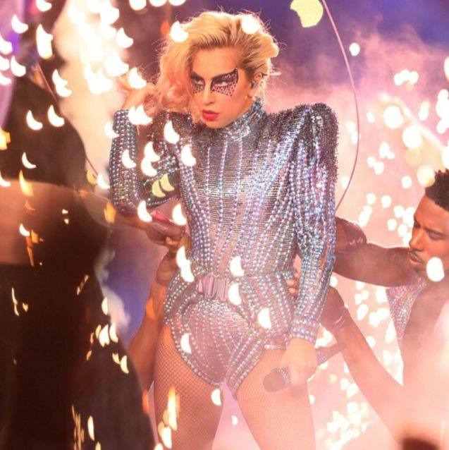 The Best Fashion Moments In Super Bowl History