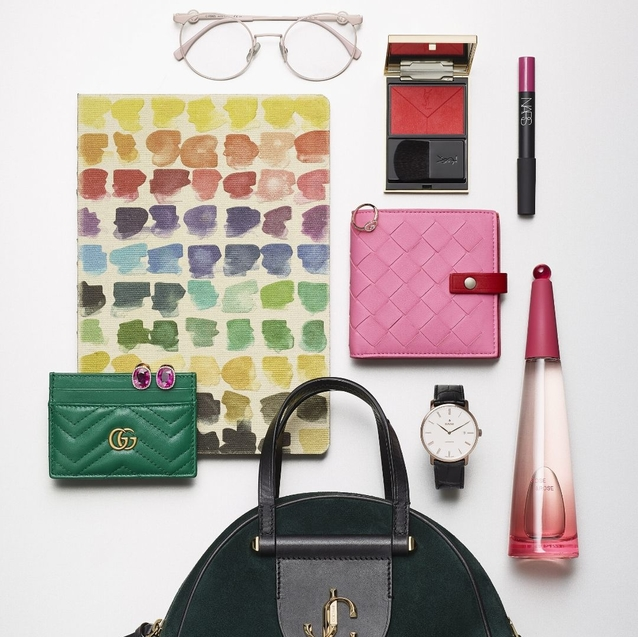 8 Bright Boardroom-Ready Accessories