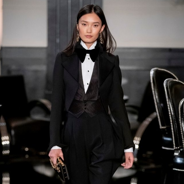 9 Pieces To Create The Ultimate Power Woman Work Look