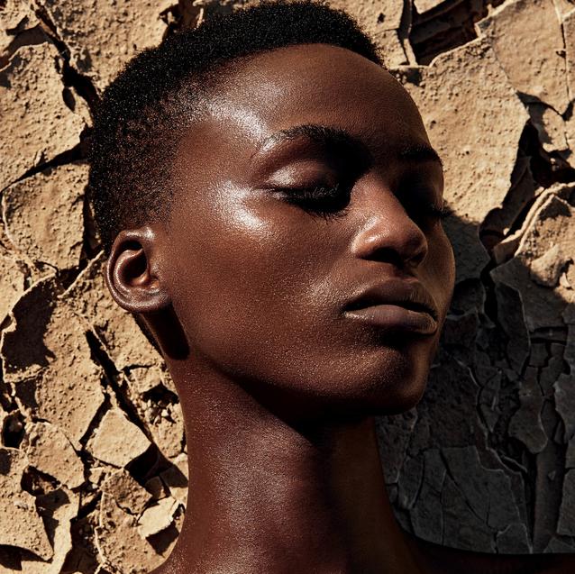Watch   BAZAAR BEAUTY: Chanel's S/S20 Desert Dream Make-up Collection