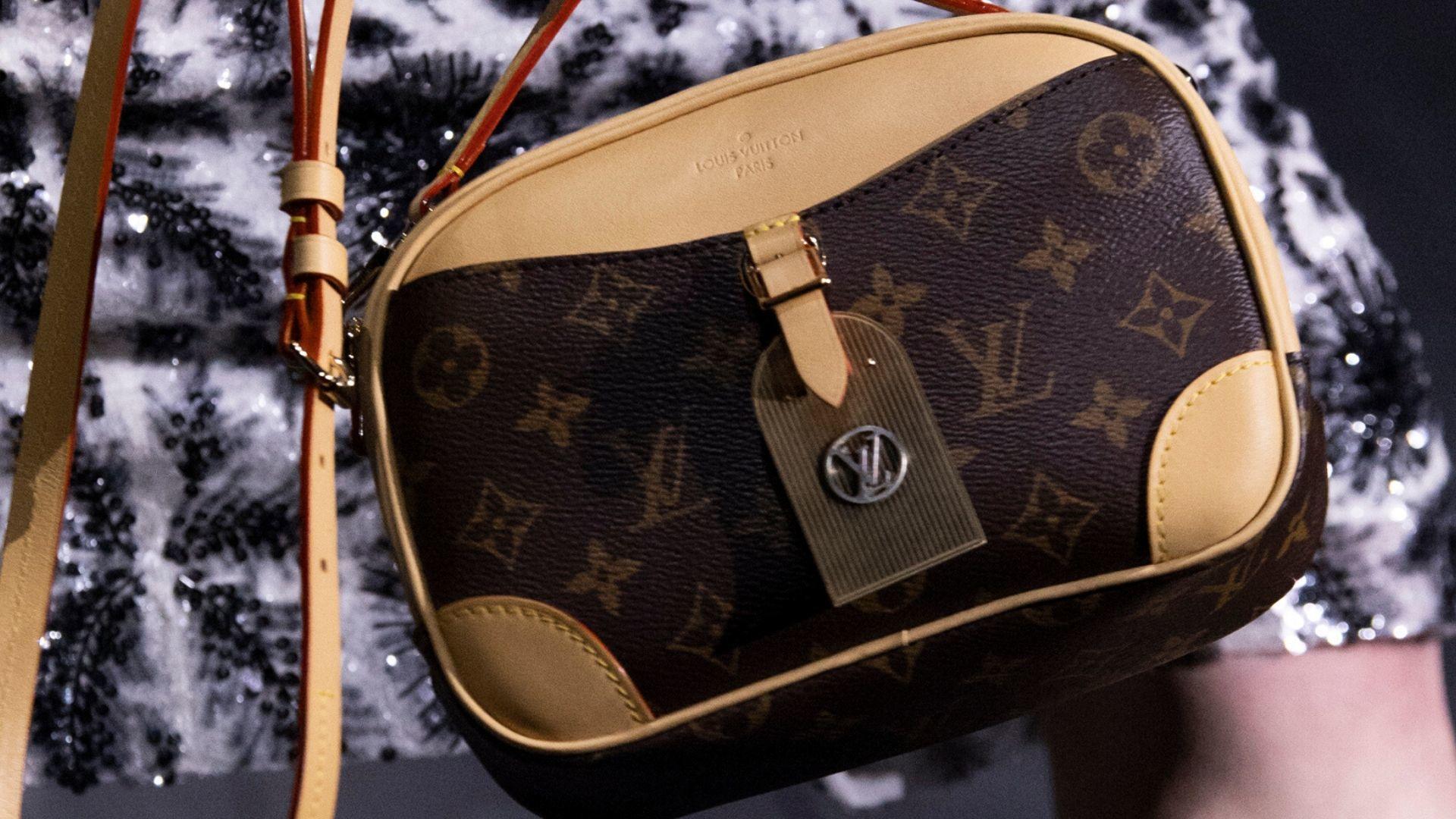 Louis Vuitton Launches E-Commerce Platform In The UAE