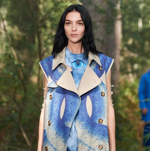 London Fashion Week Comes Into Bloom with Burberry's Digital Livestream